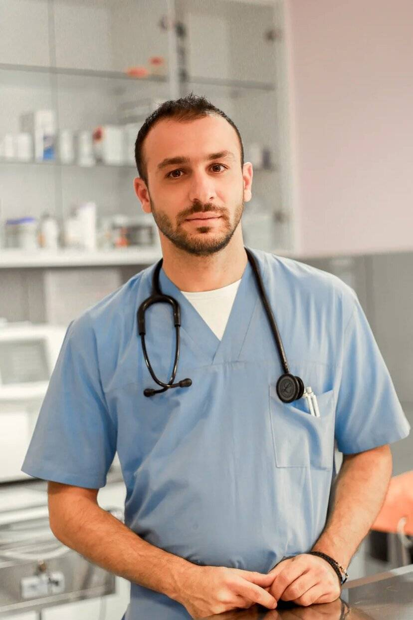 Dr. Marios Kattos(Veterinarian)